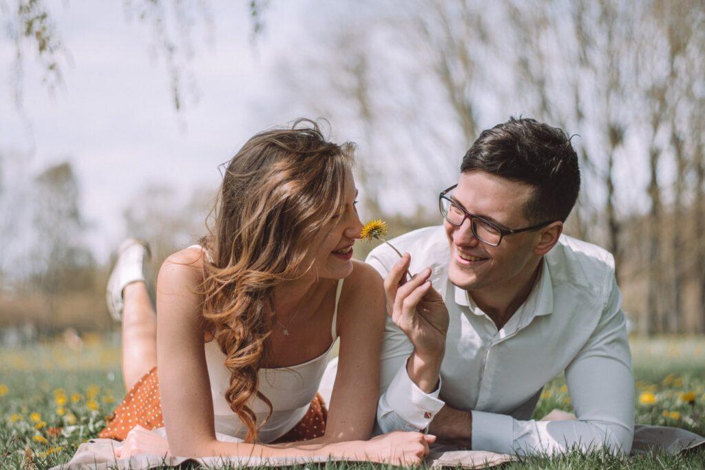 好き な 人 が いる 女性 を 落とす 方法